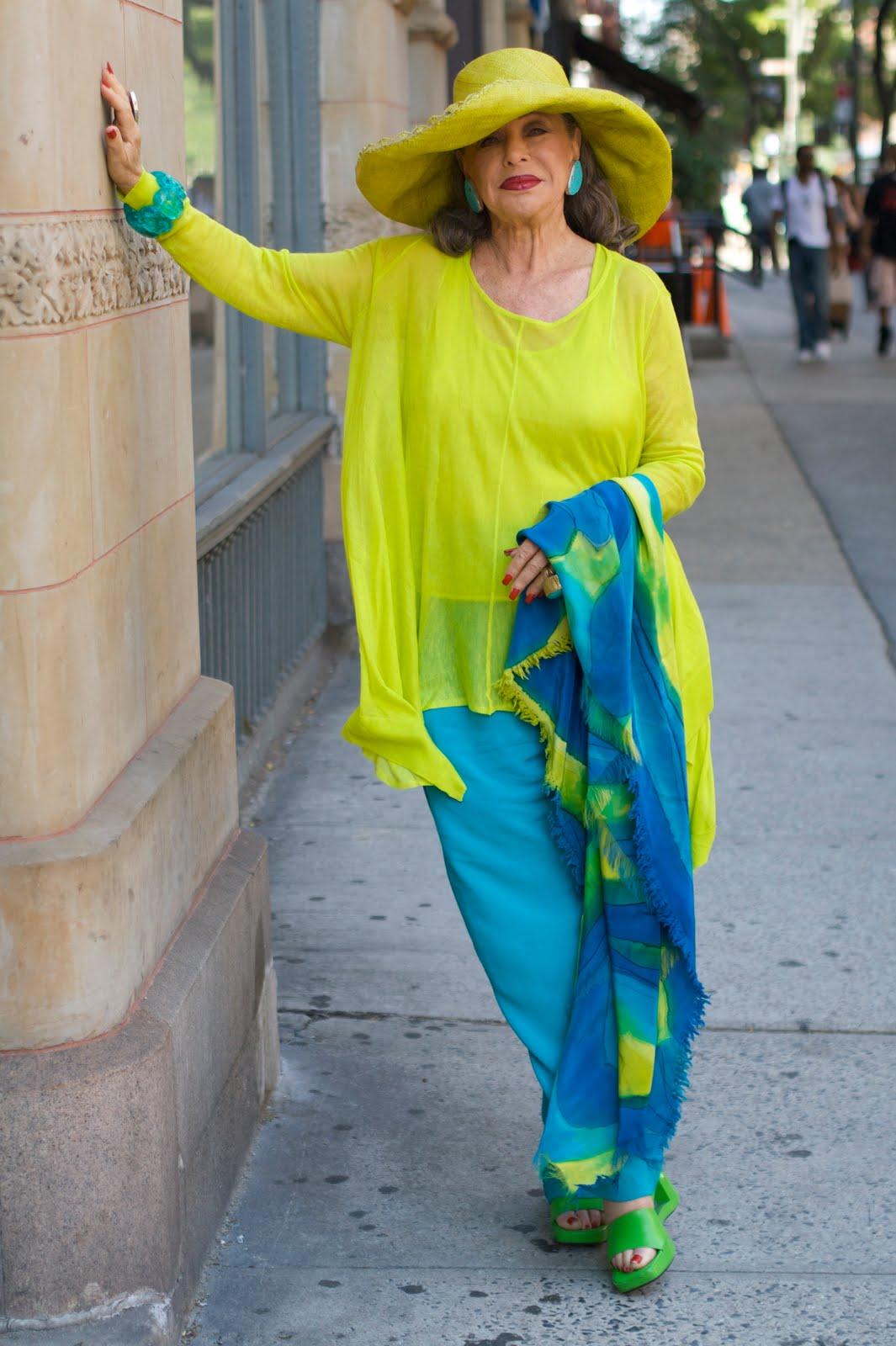 Мода для женщин элегантного возраста 11 фотография