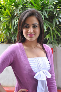 Tamil actress Aksha Spicy Dress Photo Gallery