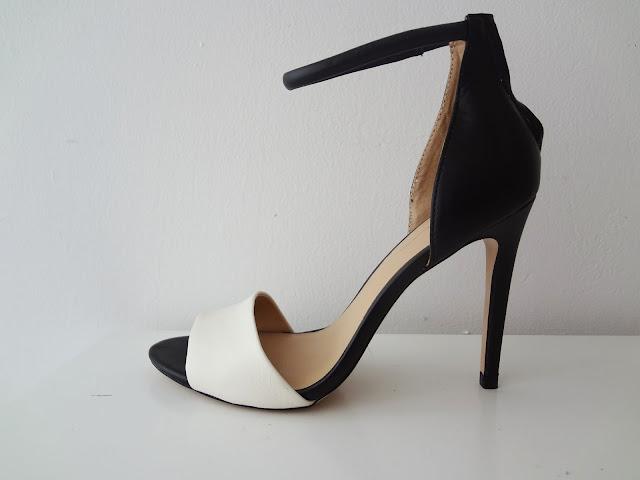 ZARA black and white basic sandal