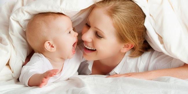 Bayi yang Sering Diajak Bicara Lebih Cerdas