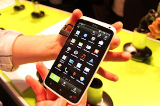 HTC One X blanco