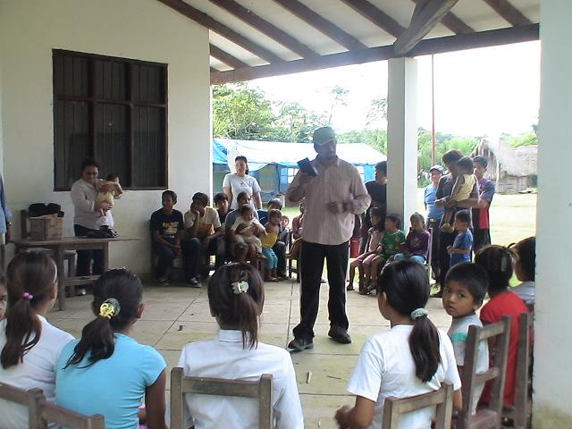 Visitas do Pr. Oscar , Medicos e Missionàrios aqui em Trinidad, foi uma benção.