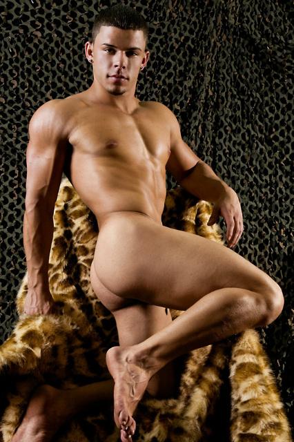 Yasiel Fleites • Bodybuilder and Male Model