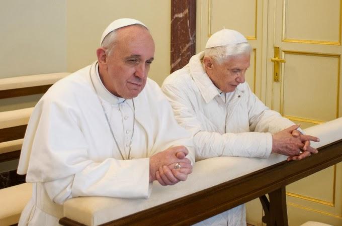 2/Les Pontifes romains et le Rosaire Francis&Benedict