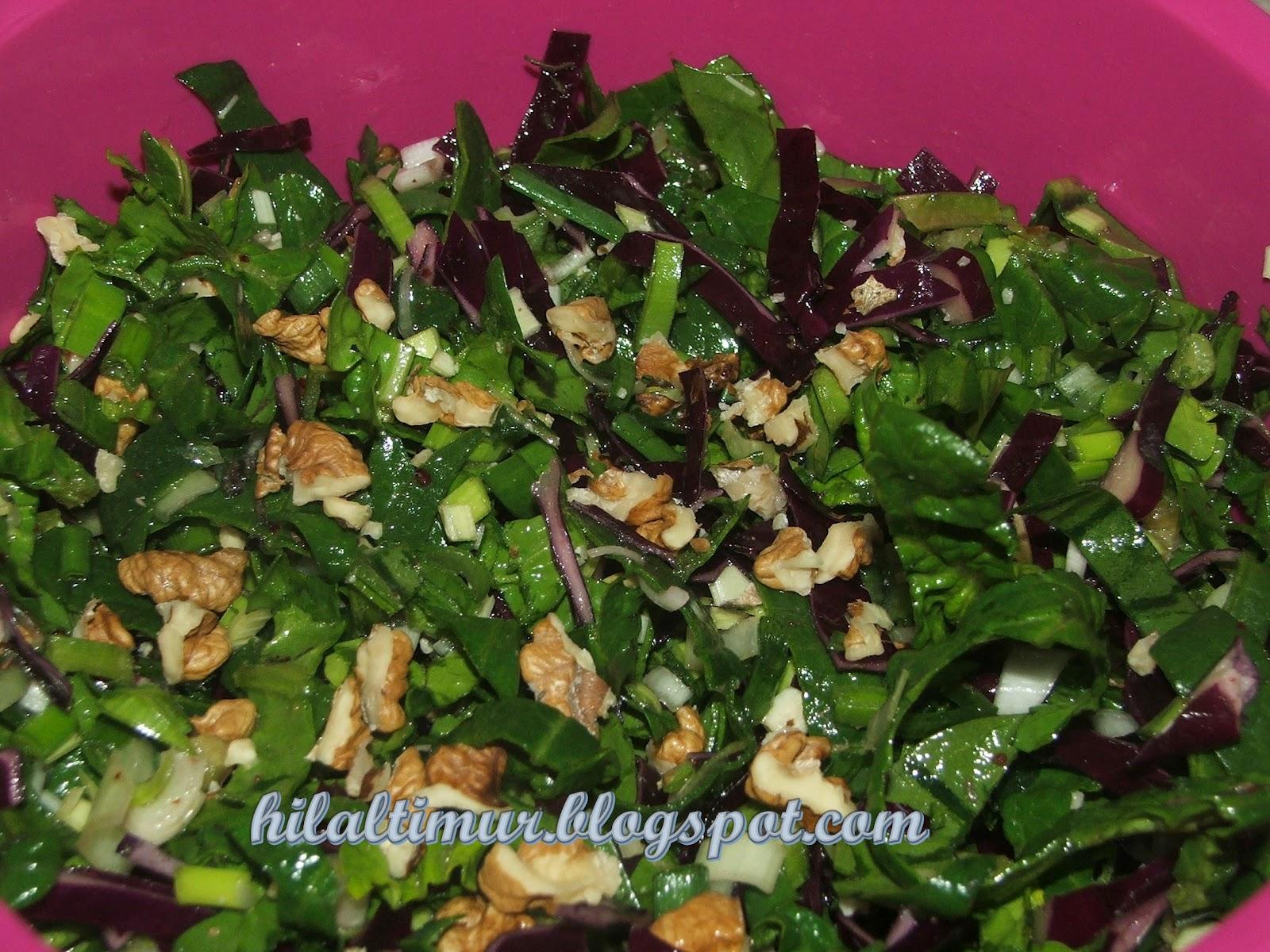 Ispanaklı Salata Tarifi