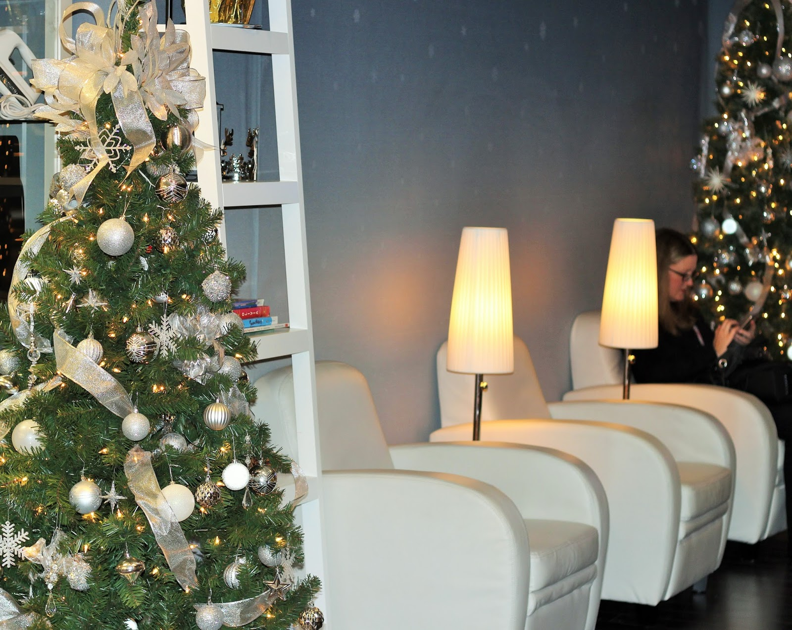 RBC AVION BOUTIQUE IN YORKDALE MALL IS EVERY HOLIDAY SHOPPER'S DREAM |  MY EXPERIENCE IN DETAILS