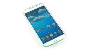 Galaxy S4 Menjadi Smartphone Terbaik Musim Ini