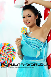Tiara Sakti for Popular World Magazine BFN, January 2013