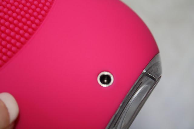 Foreo Luna Mini Skincare Device