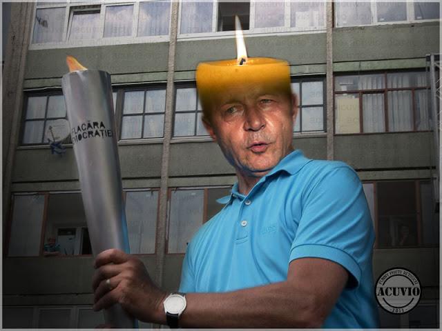 Funny Traian Băsescu - Flacăra Democraţiei