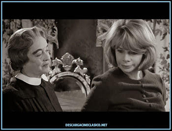 Foto-captura de la película - A merced del odio - Bette Davis y Wendy Craig