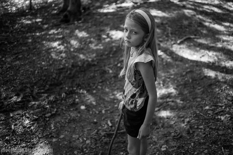 dziecko, las, tryptyk, fotografia czarno-biala, jacek taran
