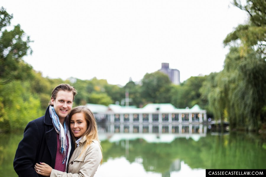 Lifestyle Engagement Portraits in the fall, Loeb Boathouse Central Park NYC - www.cassiecastellaw.com