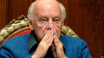Projimo y Competidor, Eduardo Galeano