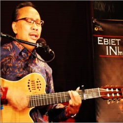Download Lagu Ebiet Kupu Kupu Kertas Mp3