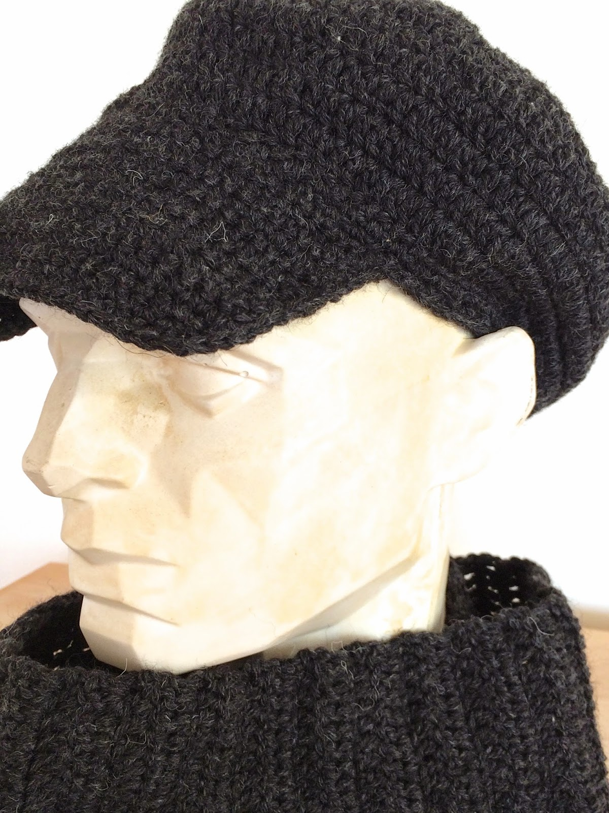 Pierrot Pattern Crocheted Cap
