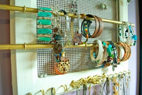 DIY hanging jewelry organizer