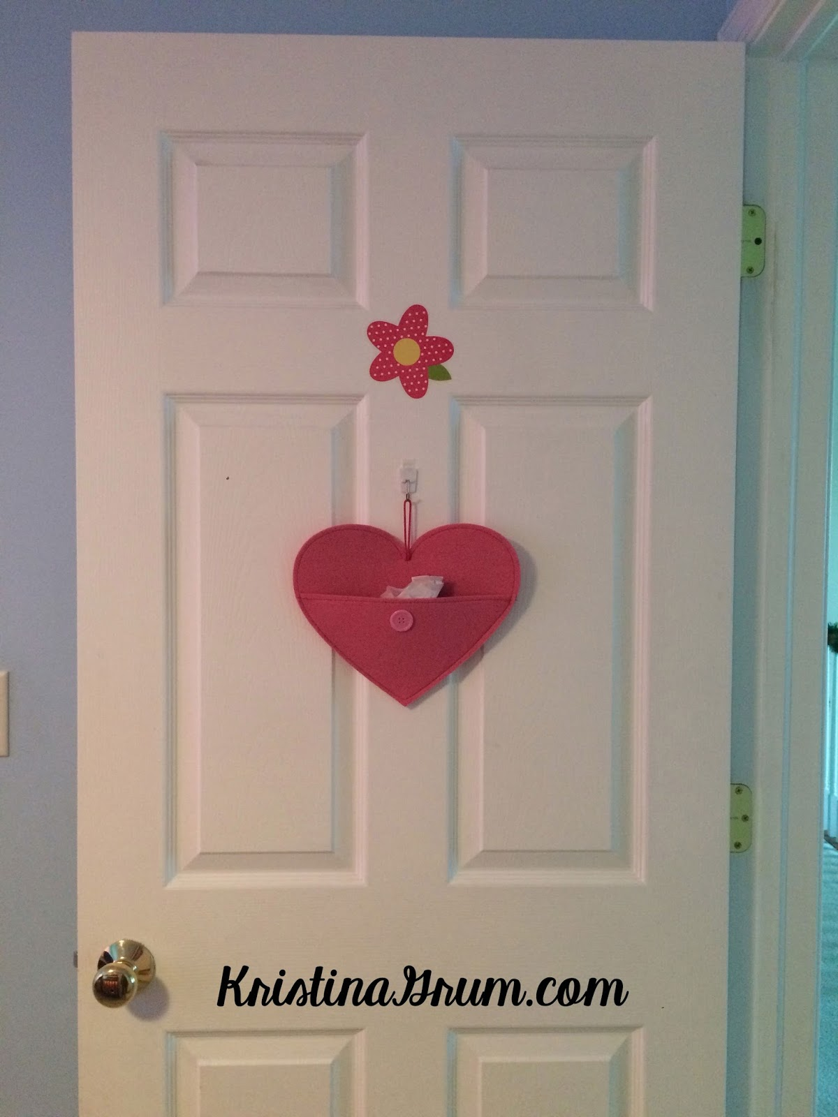 Kids Bedroom Door teaching kids to show appreciation for family - thriving parents