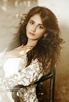 Actress-Parul-Yadav-Photoshoot
