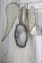 Spiegel mit Patina