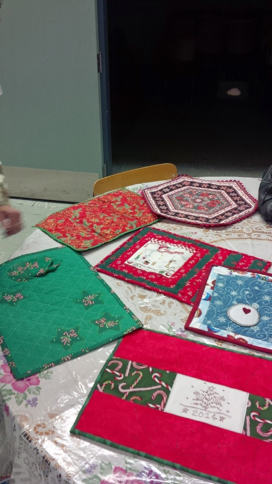 Weyburn Crocus Quilters: Crocus Quilter Guild Christmas Party