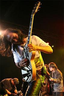 Piyu,Gitaris Padi, Piyu Padi