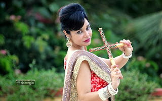 Actress-Kavitha-Verma-Photo-Shoot-in-Navaratri-Special