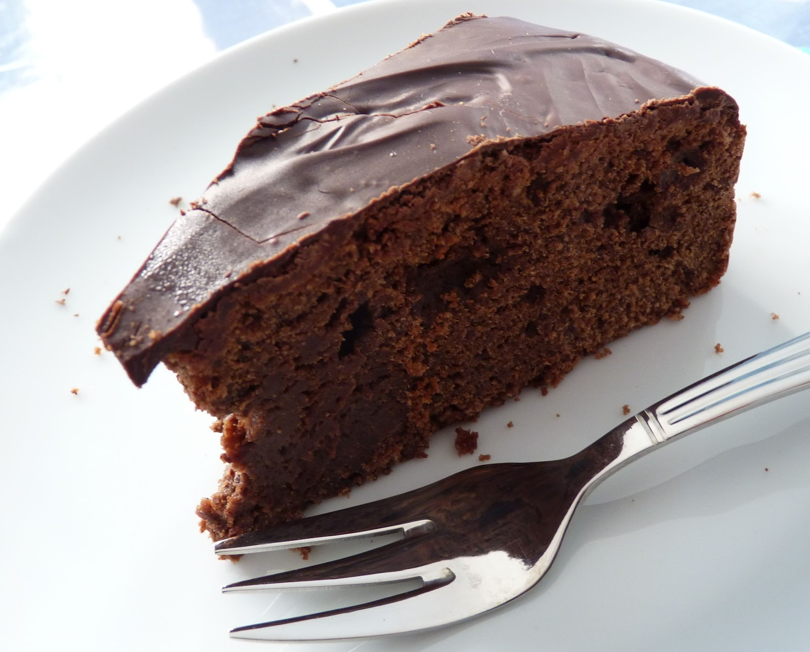The Adventures of the Gingerbread Lady: Chocolate Red Wine Cake