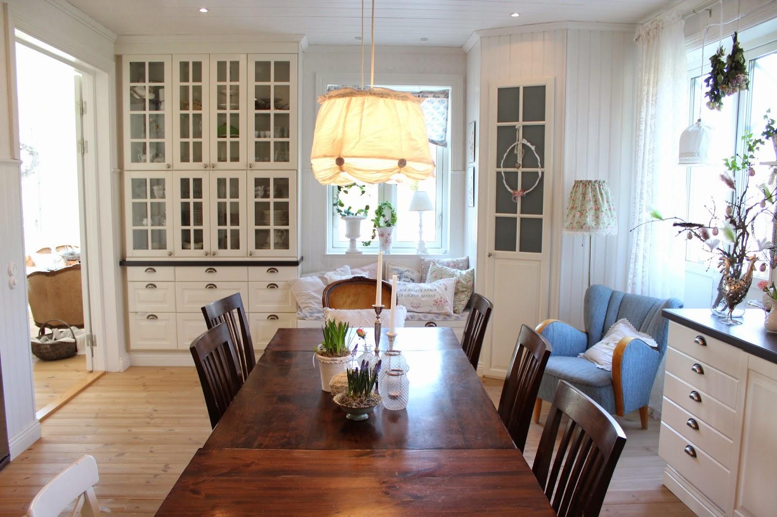 Claras hem pÅ byvÄgen : i vårt lantliga kök