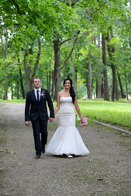 vestuvių fotosesija gamtoje