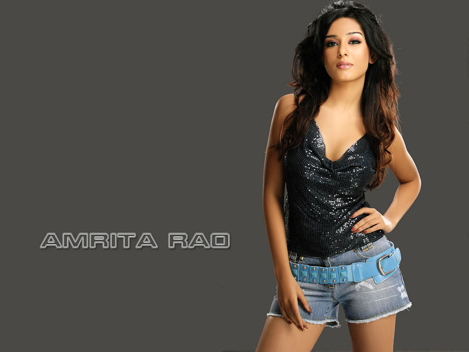 Amrita Rao Hot Spicy Gallery