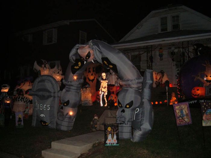 Spooky Halloween Front Yard Decorations Damn Cool Pictures
