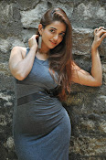 anaika soti latest sizzling photos-thumbnail-8