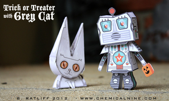 Trick or Treater Paper Toy with Grey Cat