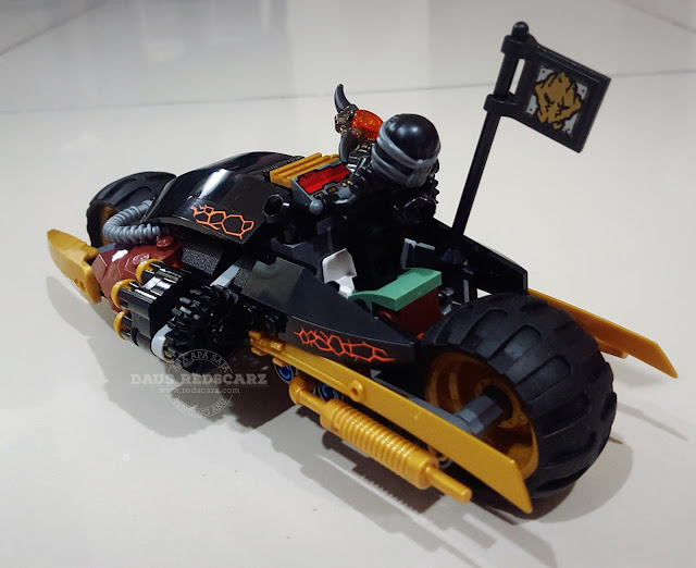 Lego Ninjago 70733 Blaster Bike