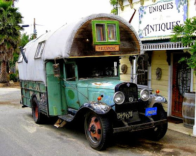 Magic Bus A-visual-delight-1929-chevrolet-gypsy-styled-bohemian-motor-home-a-beautiful-old-lady-of-the-road-the-flying-tortoise