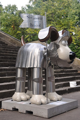 Sir Gromit of Bristol (side view)
