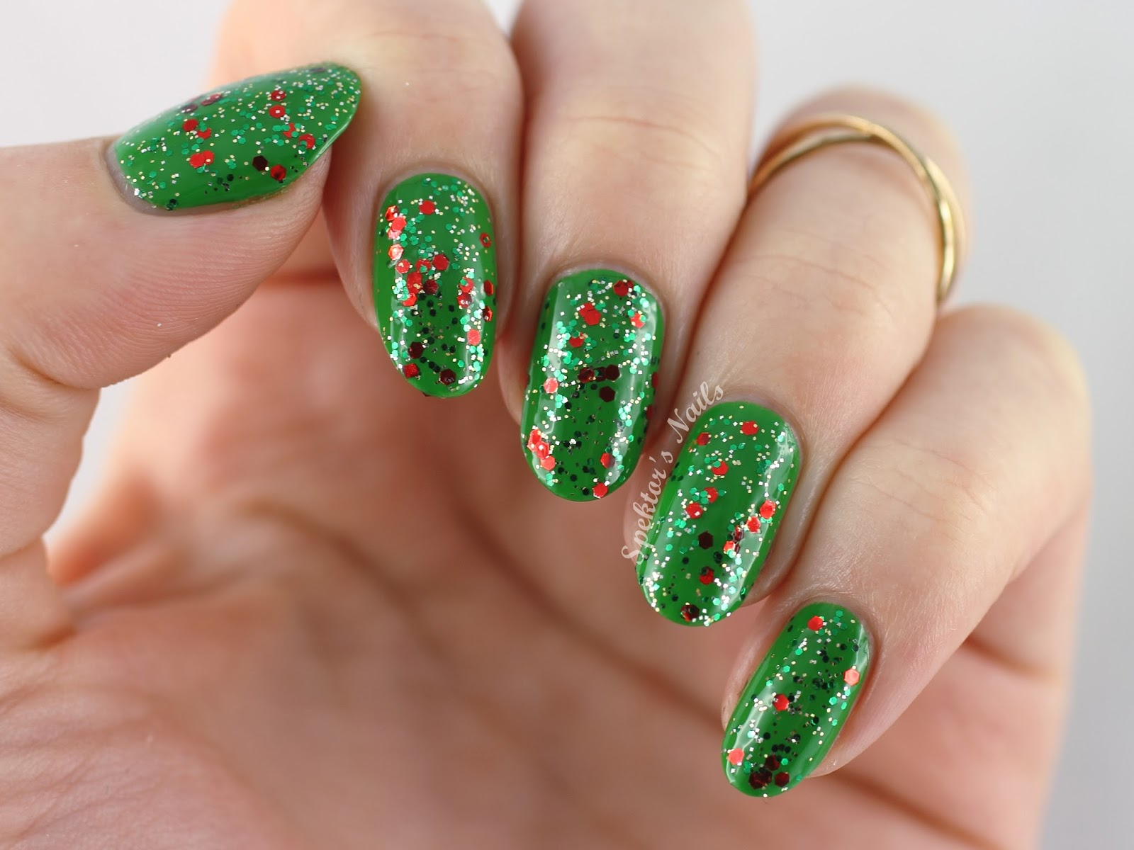 Christmas Glitter Nails feat. China Glaze - Party Hearty