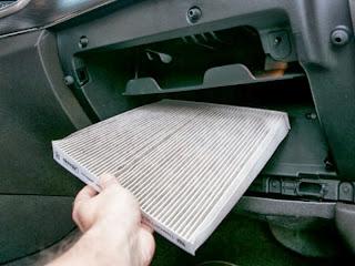 Saringan udara AC mobil