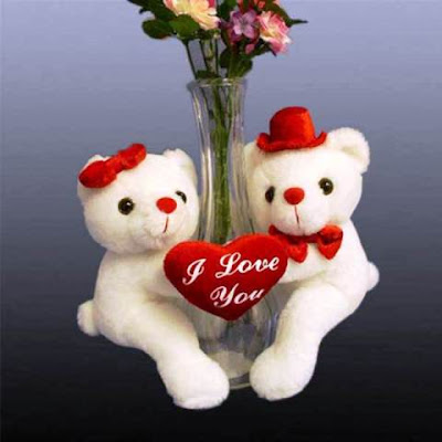 Wallpaper Gambar Boneka Beruang Love Bergantungan