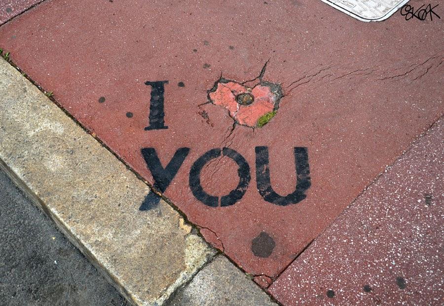 18-I-Love-You-OakOak-Street-Art-Drawing-in-the-City-www-designstack-co
