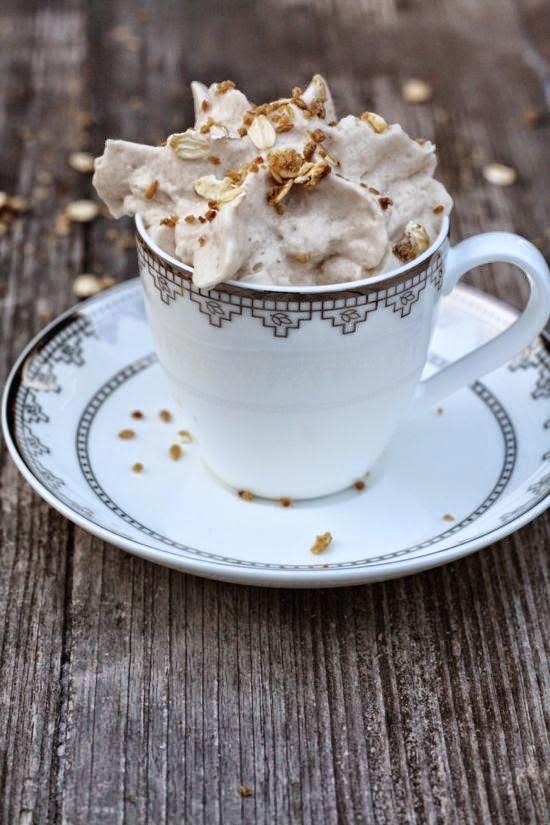 http://life40up.de/hot-chili-ingwer-kakao-mit-kardamom-und-crunchy-pralins/