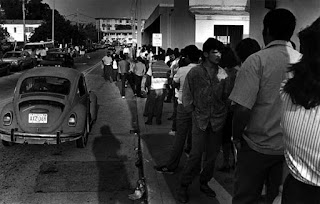 Line outside of Miami District Office along NW 79th Street – circa 1988