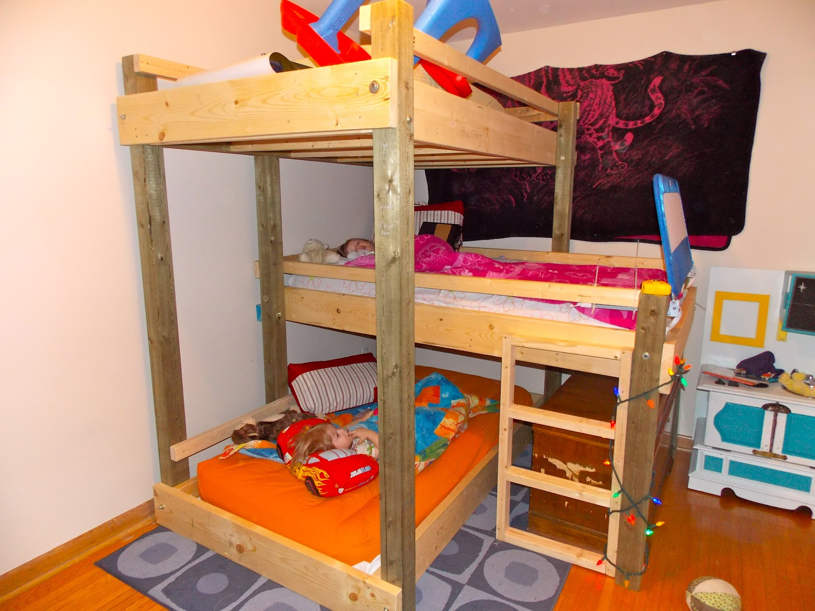Pdf diy triple bunk bed diy download tools for sale for Triple bunk bed