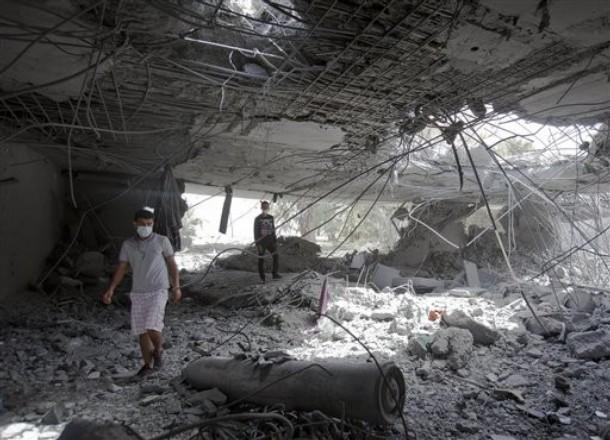 Líbia: FILHO E TRÊS NETOS DE KADHAFI TERÃO SIDO MORTOS PELA NATO