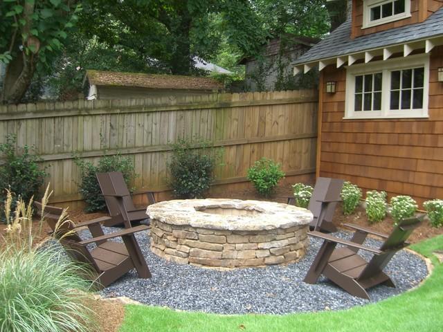 Custom stoneworks design inc loose gravel walkways for Gravel around fire pit