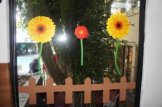 Ideia de decoração de festa junina com flores