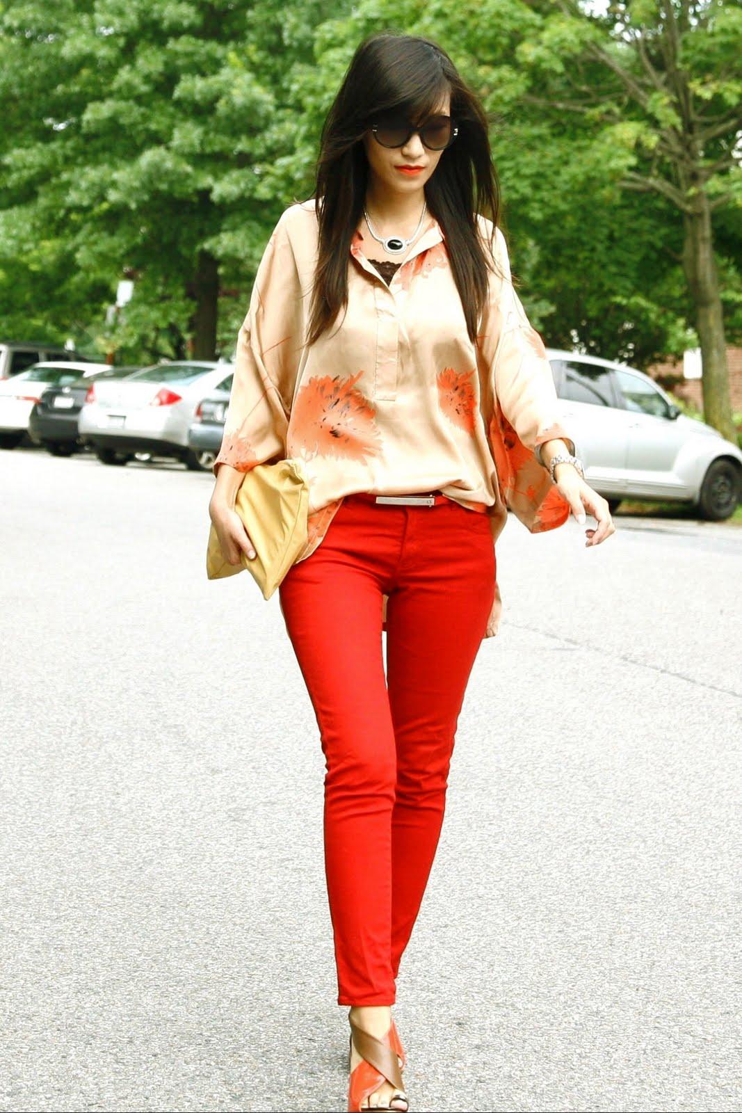 Фото девушек в брюках на улице 11 фотография