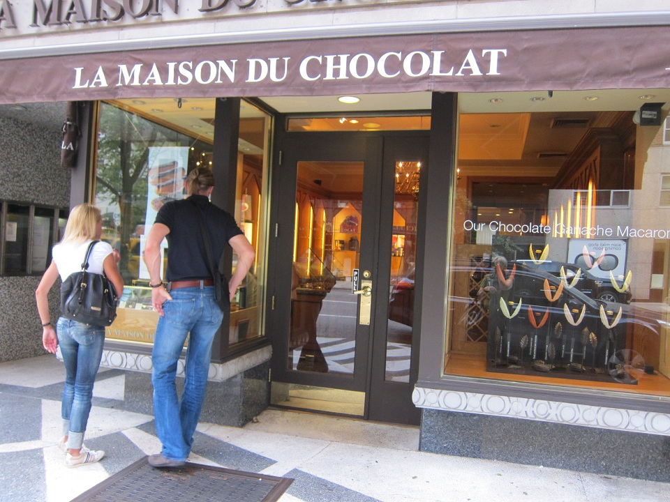 Paris breakfasts la maison du chocolat thumbnails - La maison du canape paris ...