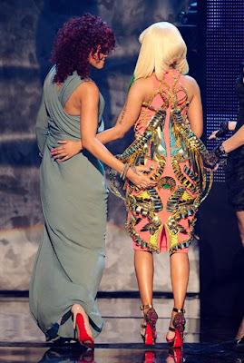 Nicki Minaj and Rihanna are dating